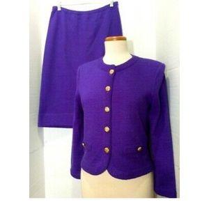 🔴 Vintage Castleberry Suit